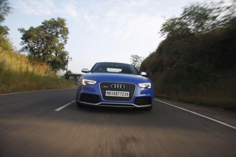 Audi RS5 quattro 1 web