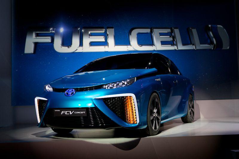 Toyota FCV 2015 web 1