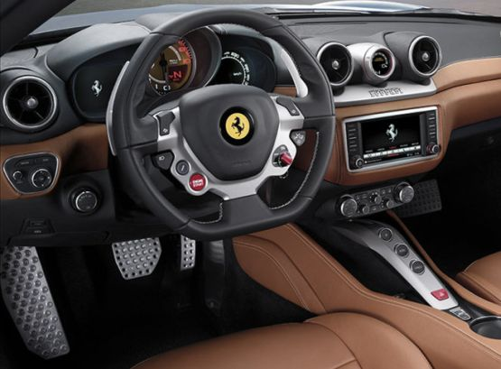 Ferrari California T 4 web