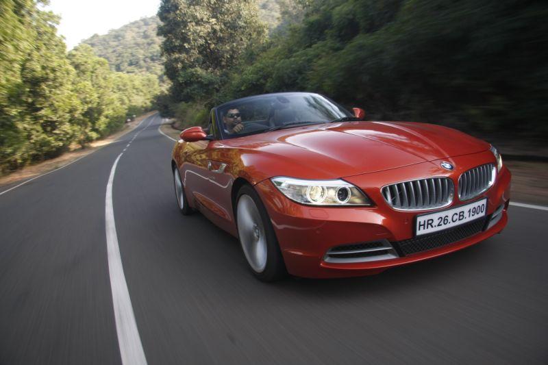BMW Z4 sDrive 35i Road Test 1 web