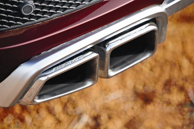 Mercedes ML63 AMG Road Test 3 web