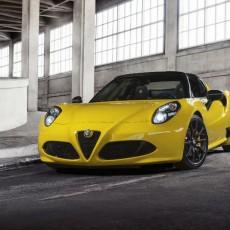 Production-spec Alfa Romeo 4C Spider unveiled