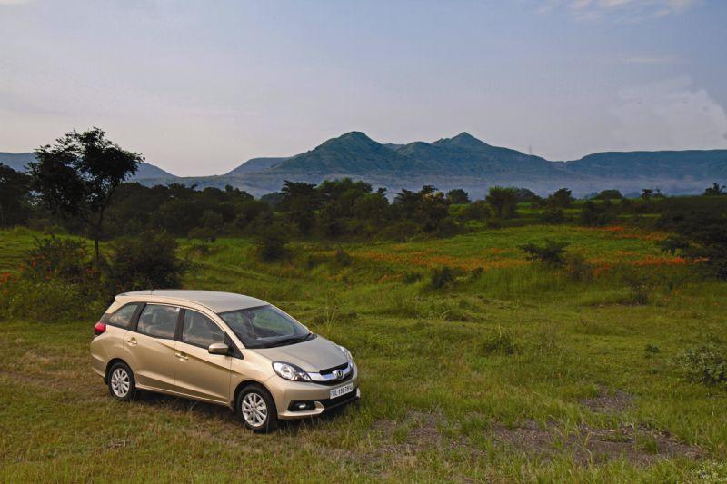 2015 Honda Mobilio I-VTEC road test review  web 2
