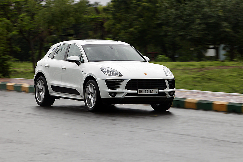 macan ical fun porsche macan s diesel first ride review car india india 39 s leading dedicated. Black Bedroom Furniture Sets. Home Design Ideas
