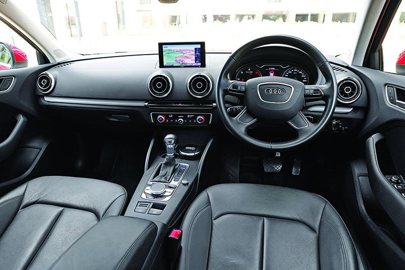 Audi A3 v Mercedes-Benz CLA-Class (3)