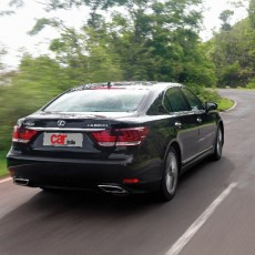 Exclusive: Dial 'L' for Luxury: Lexus LS-600h L AWD First Drive