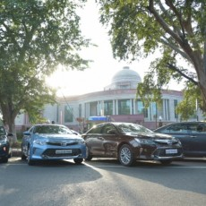 Toyota Kirloskar provides 55 Camry Hybrids for the Indian African Forum Summit(IAFS)
