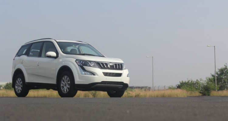 Mahindra launch the new XUV500 Automatic