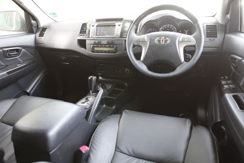 2015 Toyota Fortuner 4x4 AT roadtest web 3