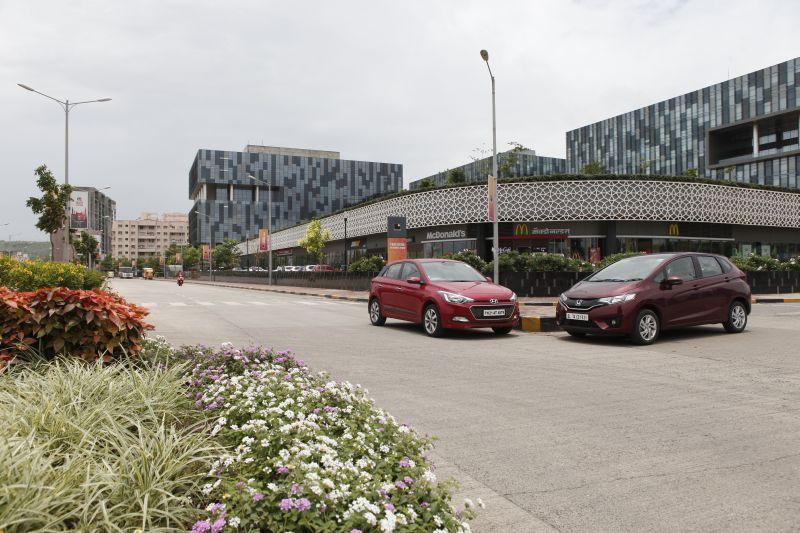 Asian Slugfest Honda Jazz i-DTEC v Hyundai Elite i20 CRDi Comparison (2)