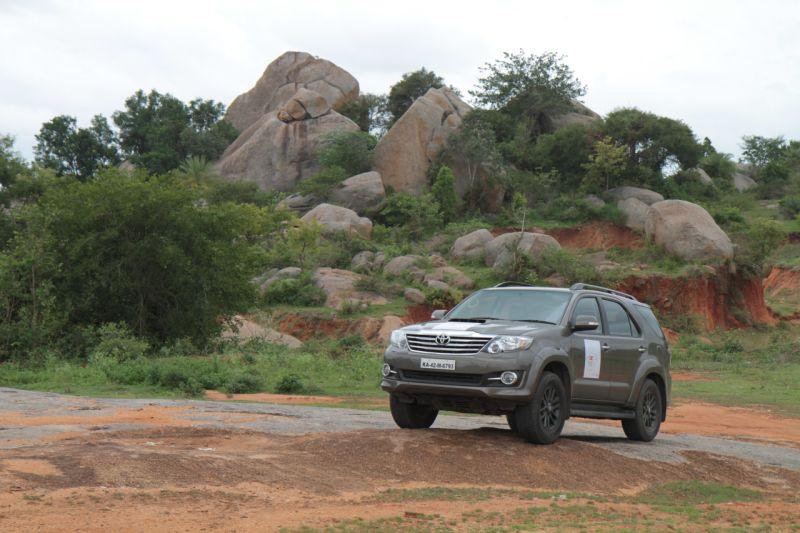 Car India 2015 Fortuner Forays II web 20