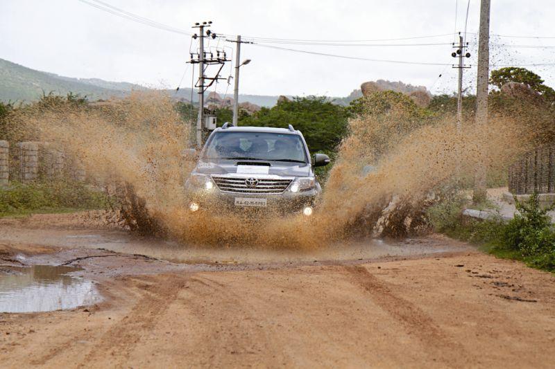 Car India 2015 Fortuner Forays II web 22