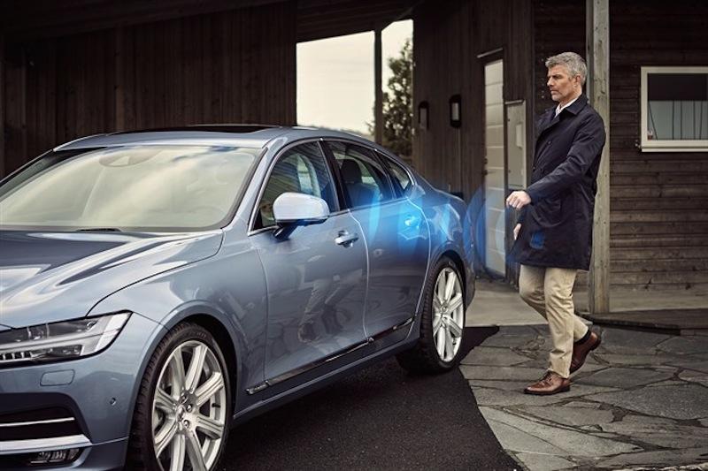 Volvo to go keyless