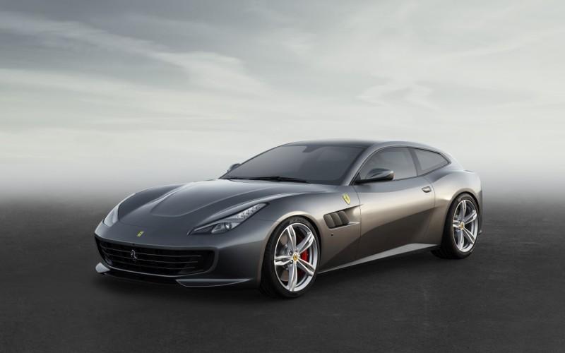 Ferrari GTC4Lusso 1 web