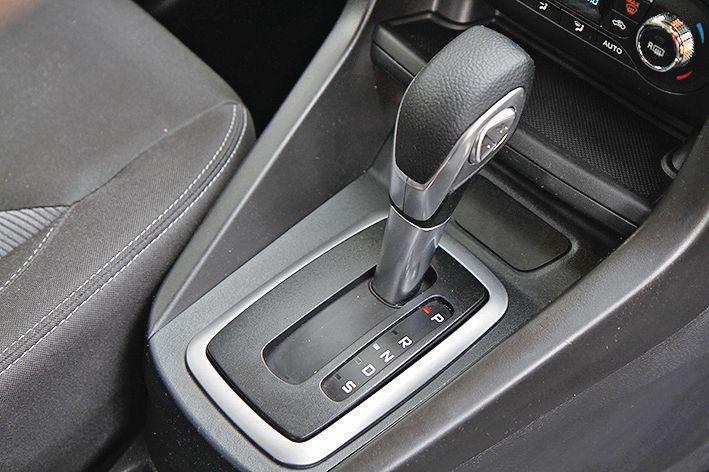 2015 Ford Figo Automatic Car India review web 8