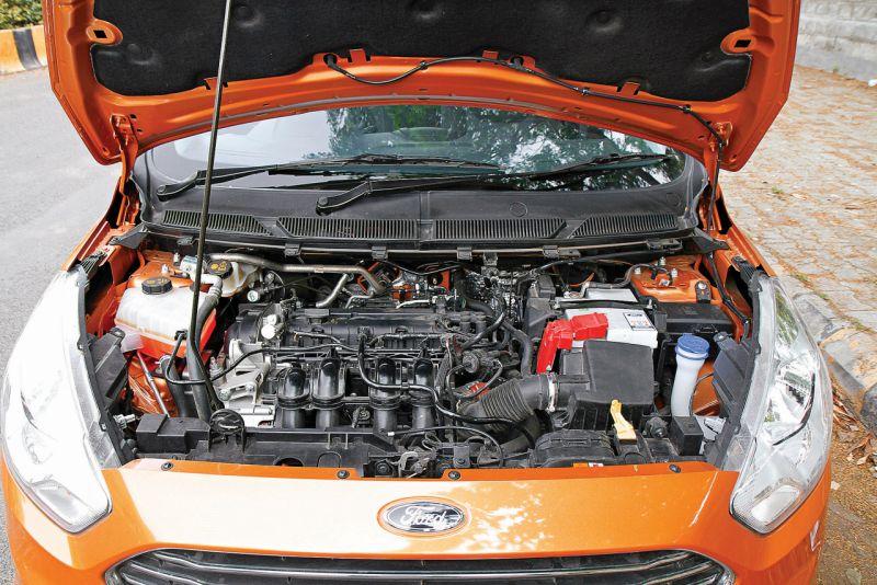 2015 Ford Figo Automatic Car India review web 9