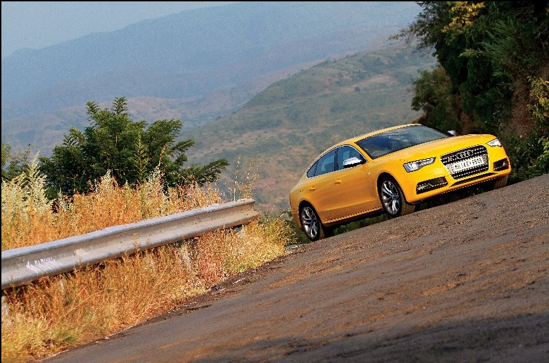 Road Test Review Audi S5 Back That S Up (3)
