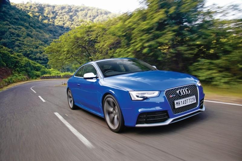 Audi RS 5 web