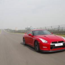 Nissan GT-R First Drive – Godzilla Rising