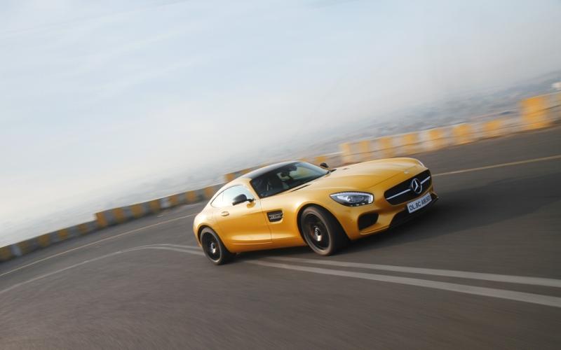 Mercedes-AMG GT S 1 web