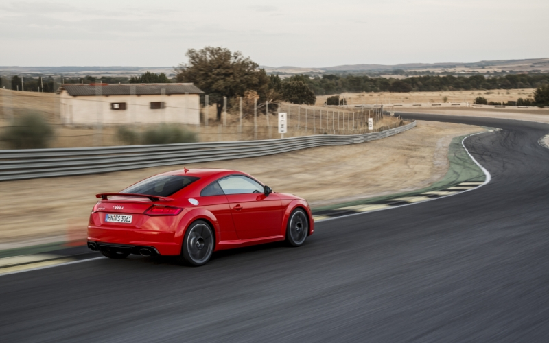 Audi TT RS quattro - First Drive Review - Page 2 of 2 ...
