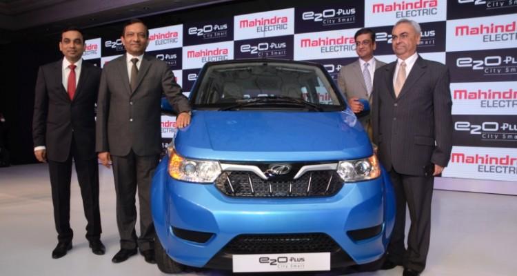 Four-door Mahindra e2o Plus launched