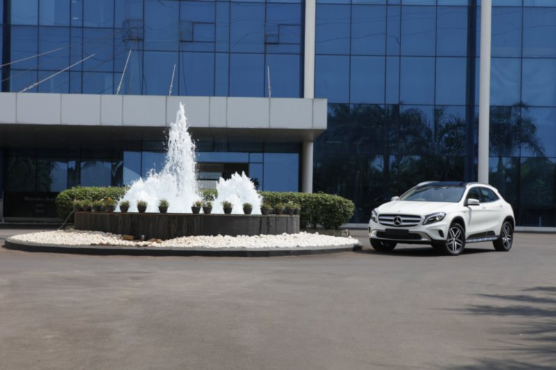 mercedes-benz-gla-220-d-4matic-activity-edition-1-web