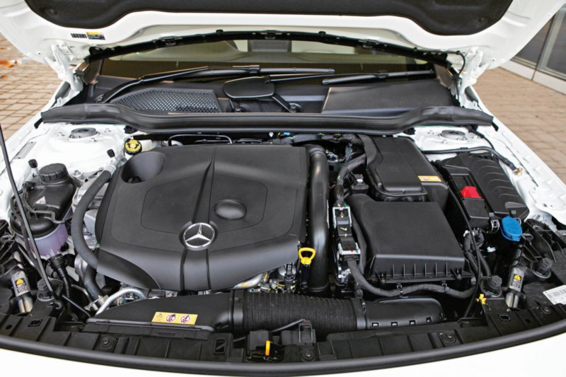mercedes-benz-gla-220-d-4matic-activity-edition-5-web