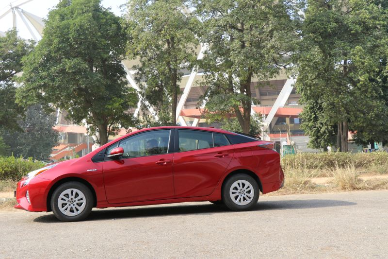 Fourth-Generation Toyota Prius Launched in India - Car India