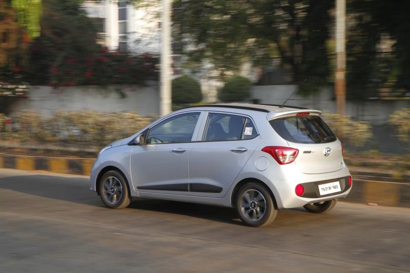 Car India 2017 Hyundai Grand i10 road test review web 6