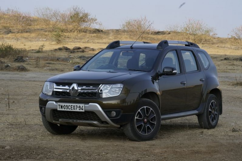 Renault Duster Petrol Automatic to be launched in May Web