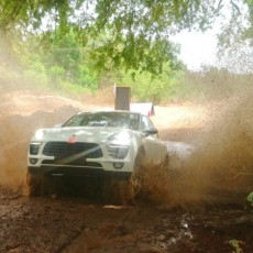 Porsche Off-road Experience Pune Displays SUV Prowess