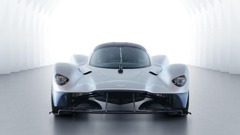 Aston Martin Valkyrie_16 Web