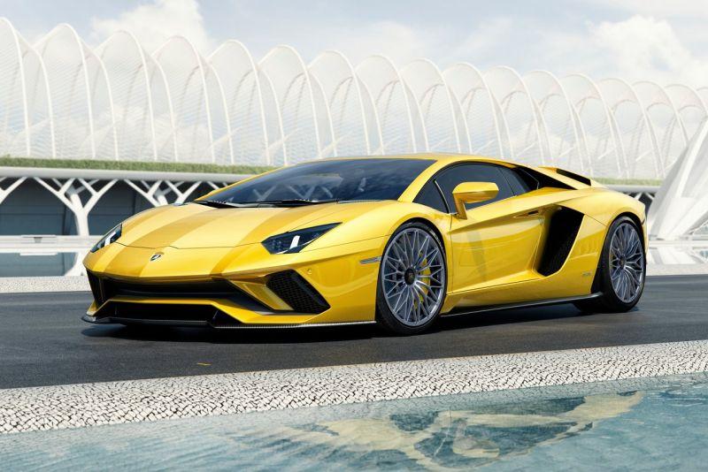 Lamborghini-Aventador_S WEB 1