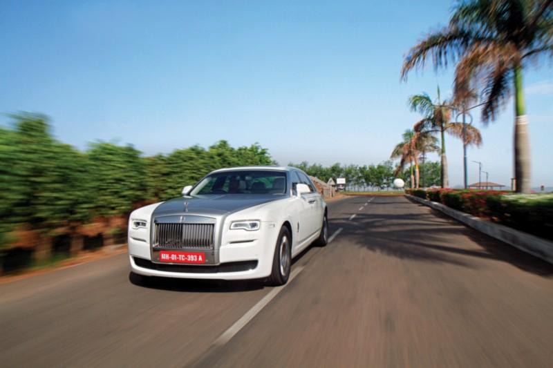 Rolls-Royce Ghost Series II Extended Wheelbase web 1
