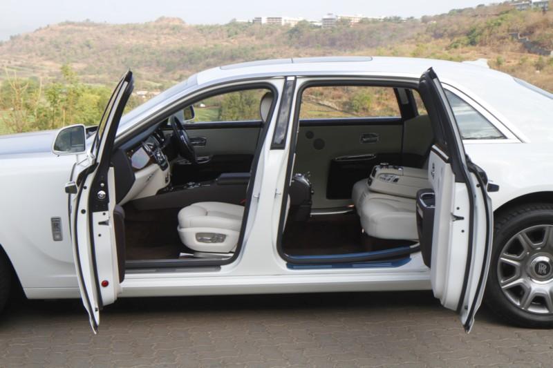Rolls-Royce Ghost Series II Extended Wheelbase web 6