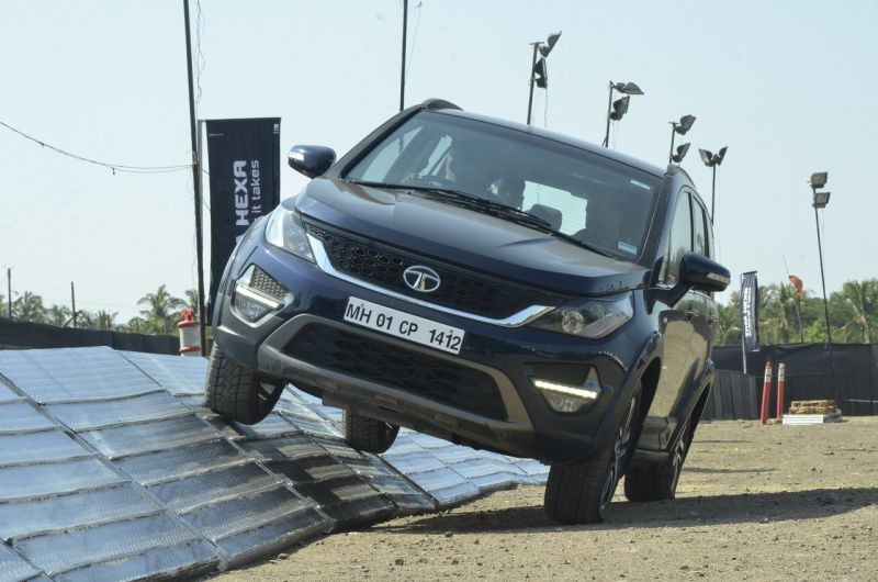 new, car, india, tata, hexa, experience, center, news