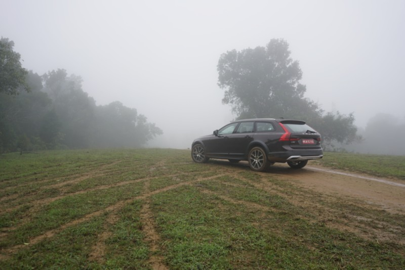 Volvo V90 Cross Country 2 web