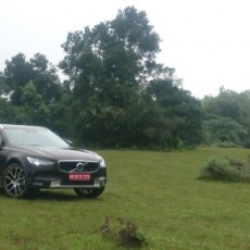 Out of the Box: All-new Volvo V90 Cross Country D5 AWD India First Drive Review