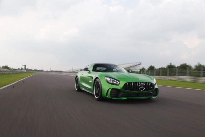 Mercedes-AMG GT R 3 web