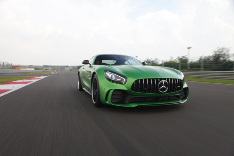 Mercedes-AMG GT R 4 web