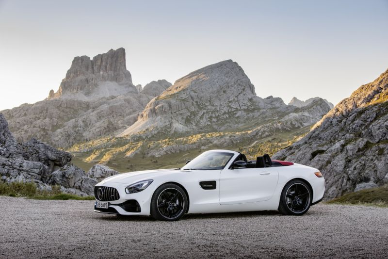 Mercedes-AMG GT Roadster and GT R Launch Date Announced