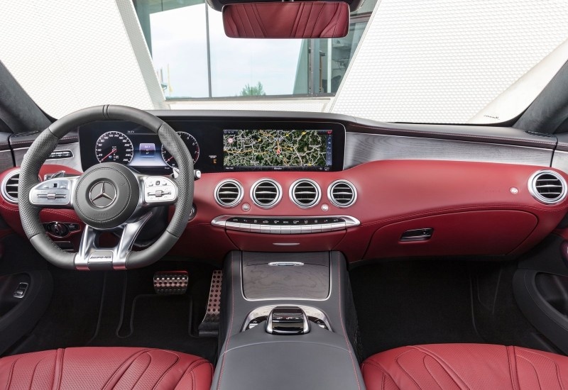 Mercedes-AMG S Coupe 2018 Interior web