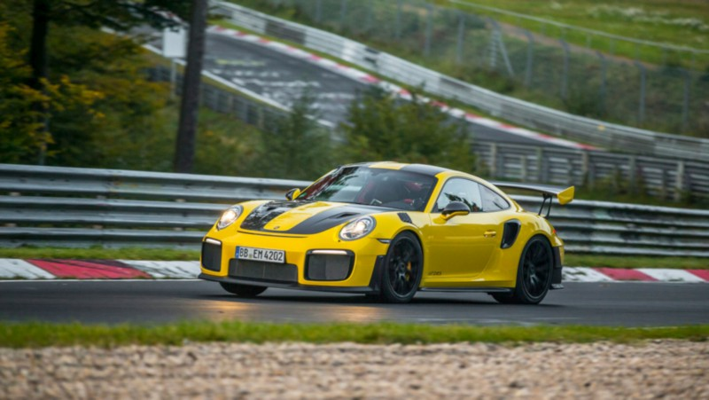 Porsche 911 GT2 RS Nurburgring Lap Record 1 web