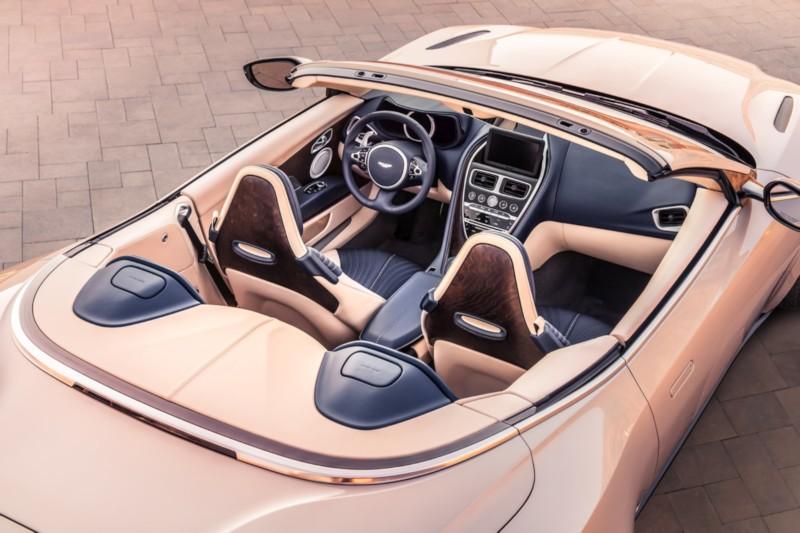 Aston Martin DB11 Volante 2 web