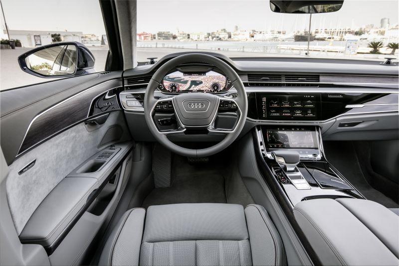 Audi A8 (4) web