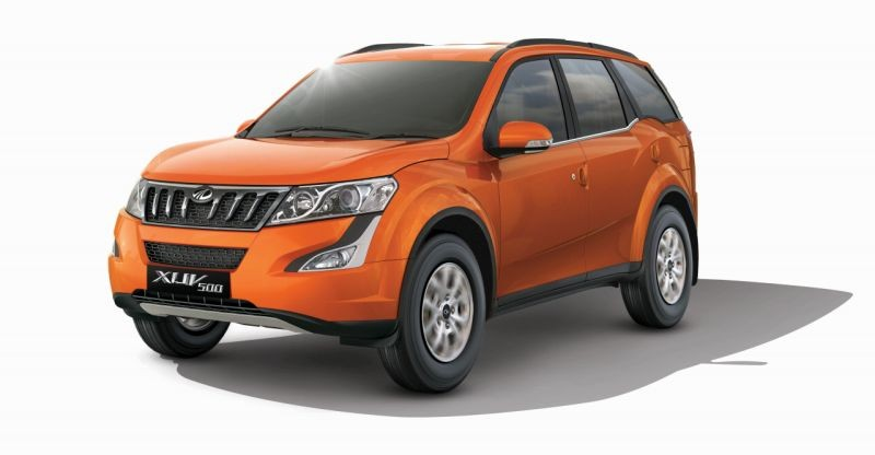 Mahindra Introduce W9 Variant for XUV 500