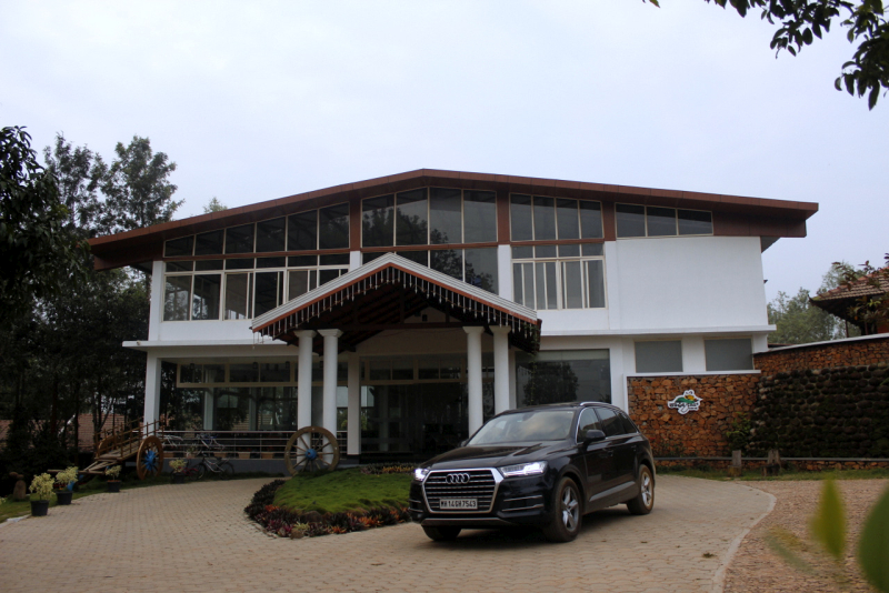 2017 Audi Q7 chikamagaluru web 2