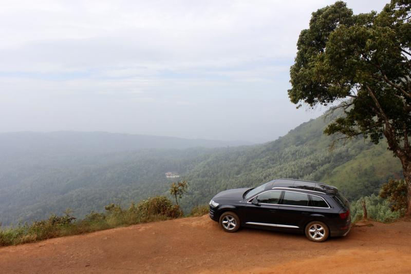 2017 Audi Q7 chikamagaluru web 5