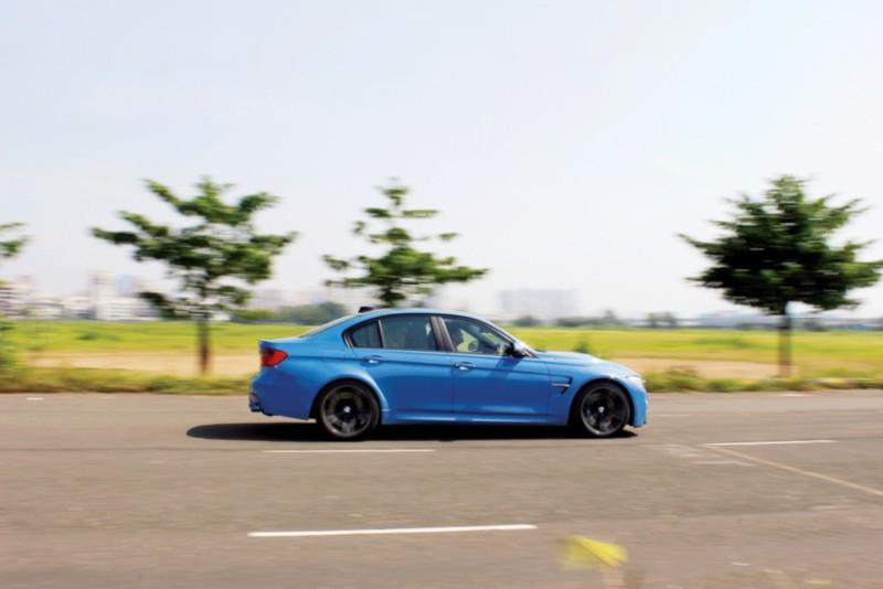 BMW M3 web 6